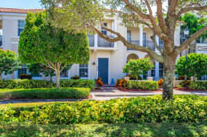807 NW 82nd Place  For Sale 10657717, FL