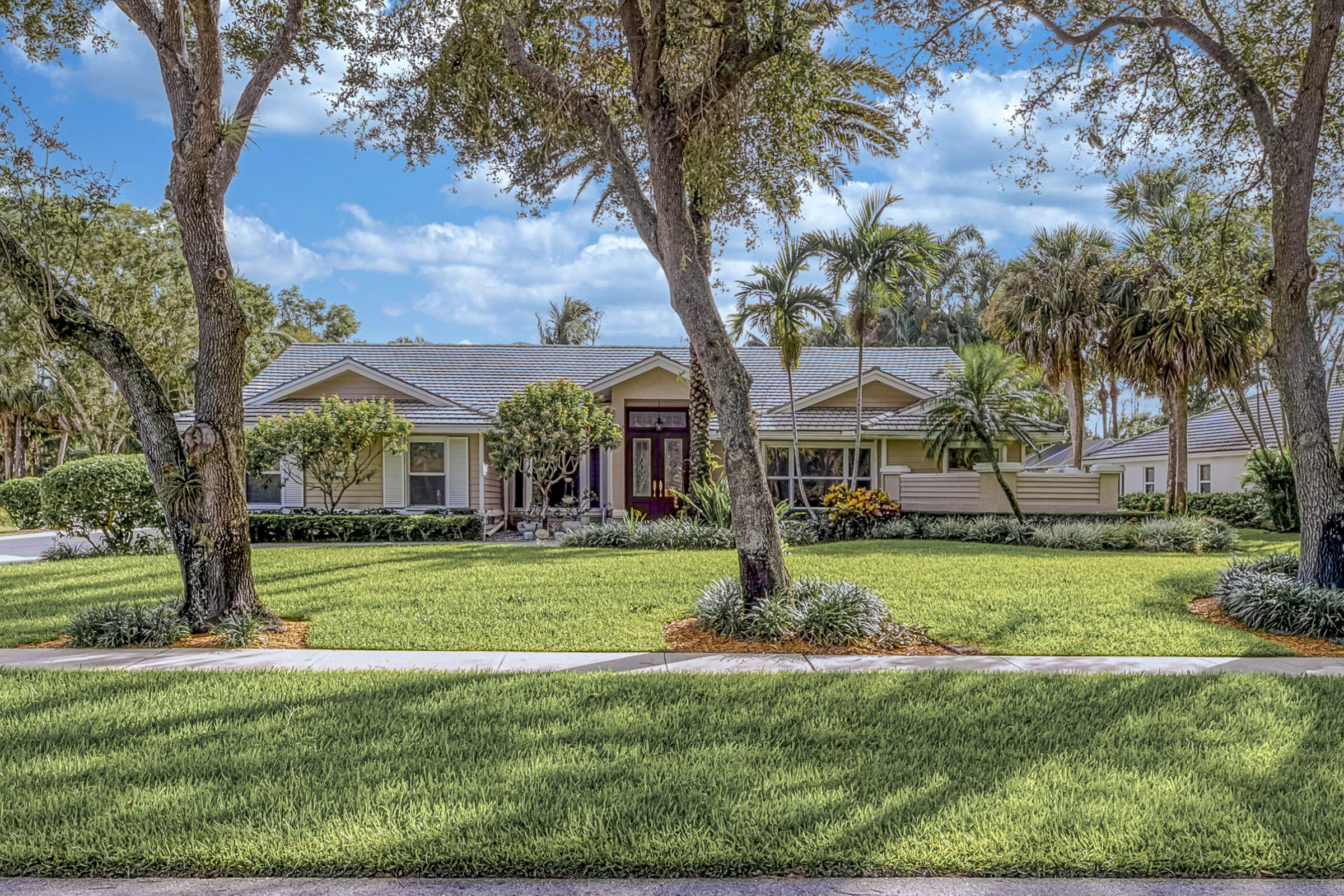 Home for sale in WHISPERING OAKS West Palm Beach Florida