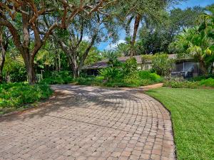4919  Ridgewood Road  For Sale 10658219, FL