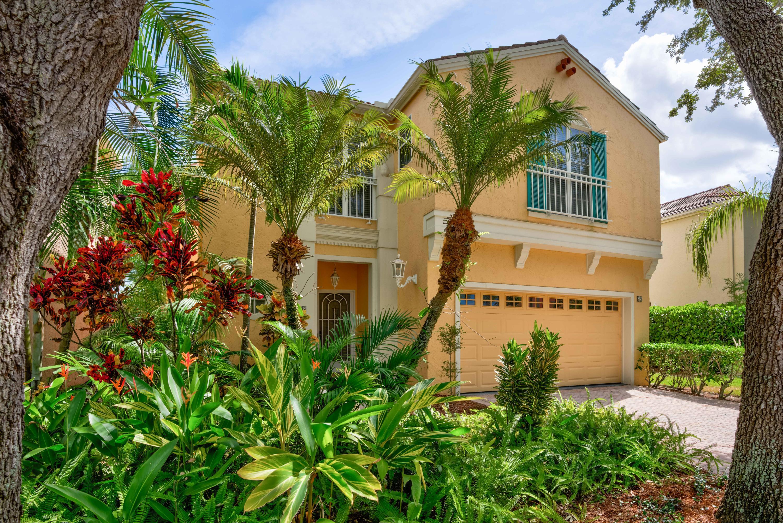 65 Via Verona Palm Beach Gardens, FL 33418