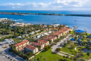 106  Harbors Way 106 For Sale 10657923, FL