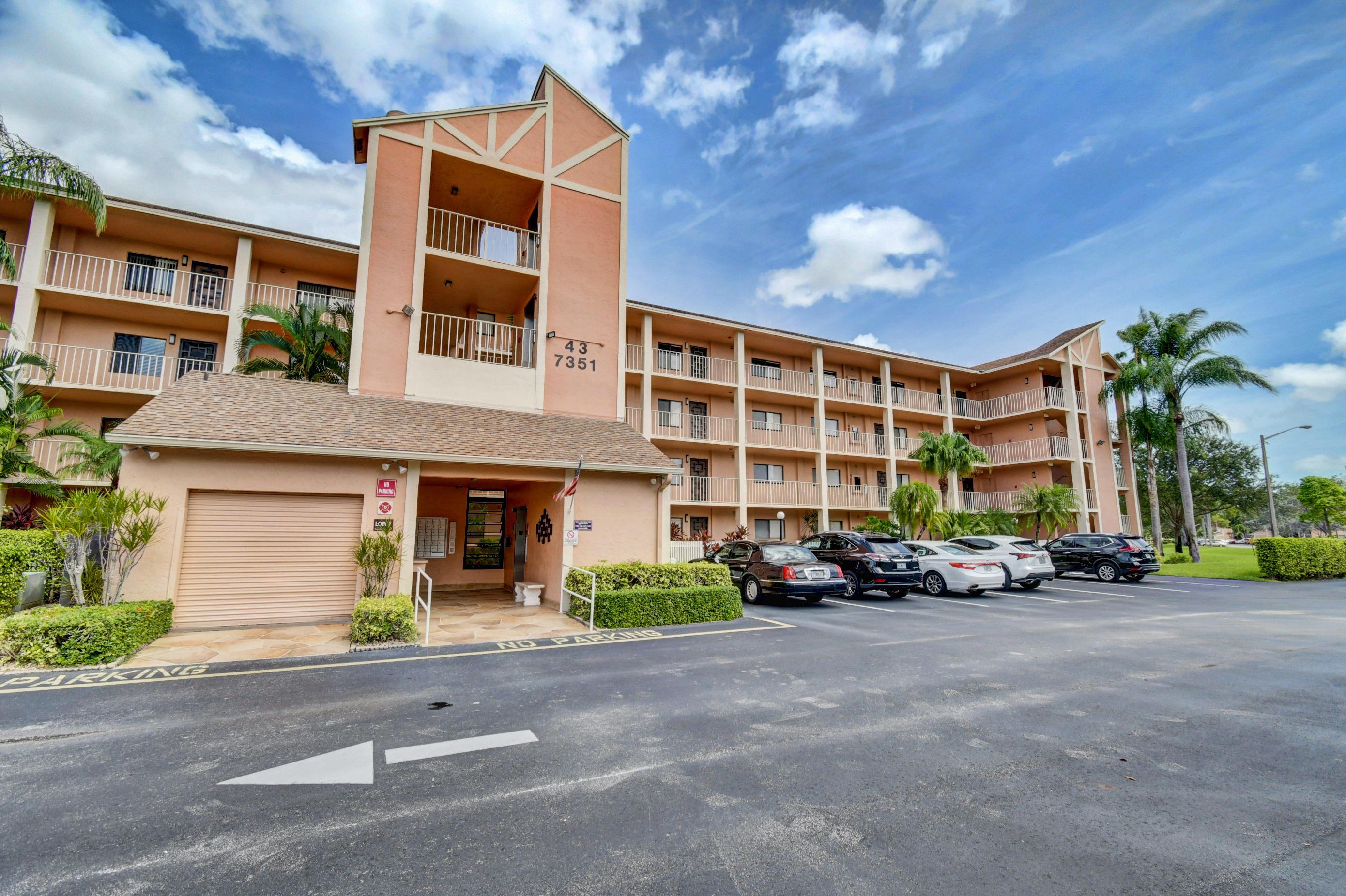 7351 Kinghurst Drive 206  Delray Beach FL 33446