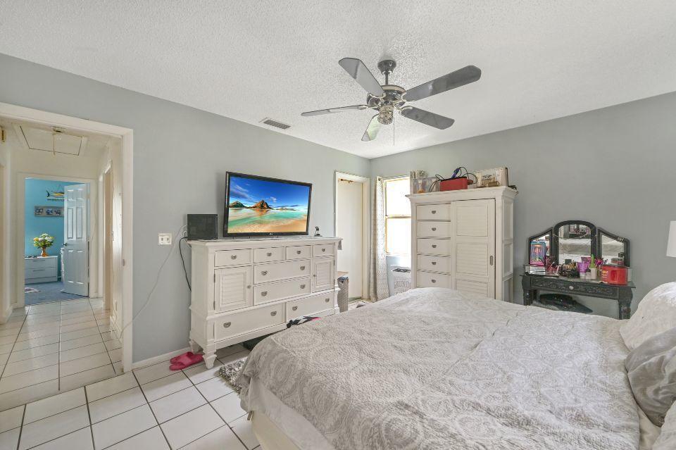 1090 Grand Duke Way Royal Palm Beach, FL 33411 photo 13