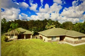 13925  88th Place  For Sale 10658108, FL