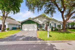 5470  Pine Circle  For Sale 10658098, FL