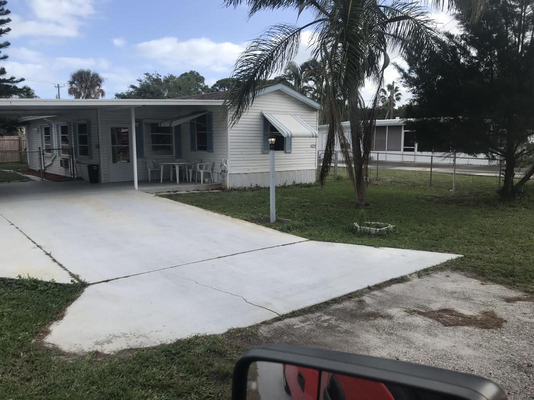 1759 NE Seneca Avenue Stuart, FL 34994