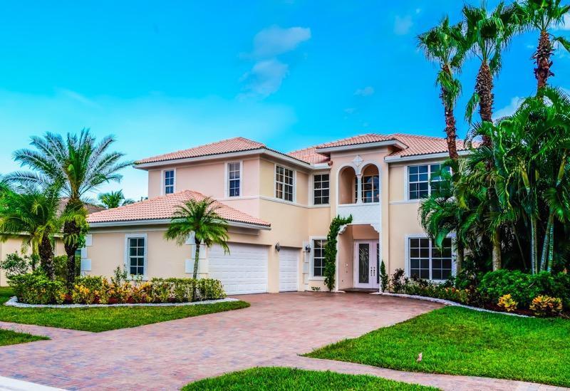 156 Bella Vista Royal Palm Beach FL 33411