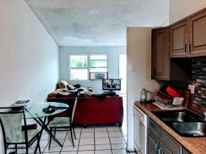 4301 NW 6th Avenue  For Sale 10651748, FL