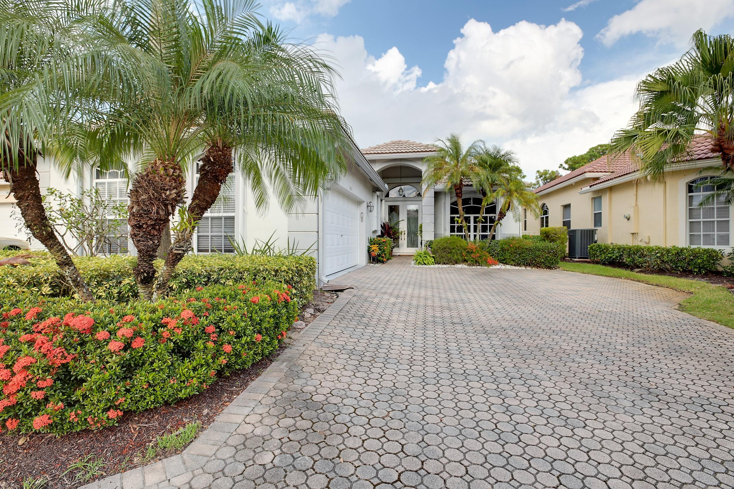 Home for sale in Oakmont Lake Worth Florida