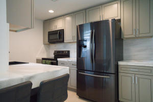 1015  Miami Boulevard  For Sale 10658500, FL