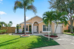 9482  Aegean Drive  For Sale 10658717, FL