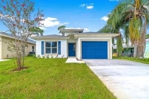 941  Fitch Drive  For Sale 10659051, FL