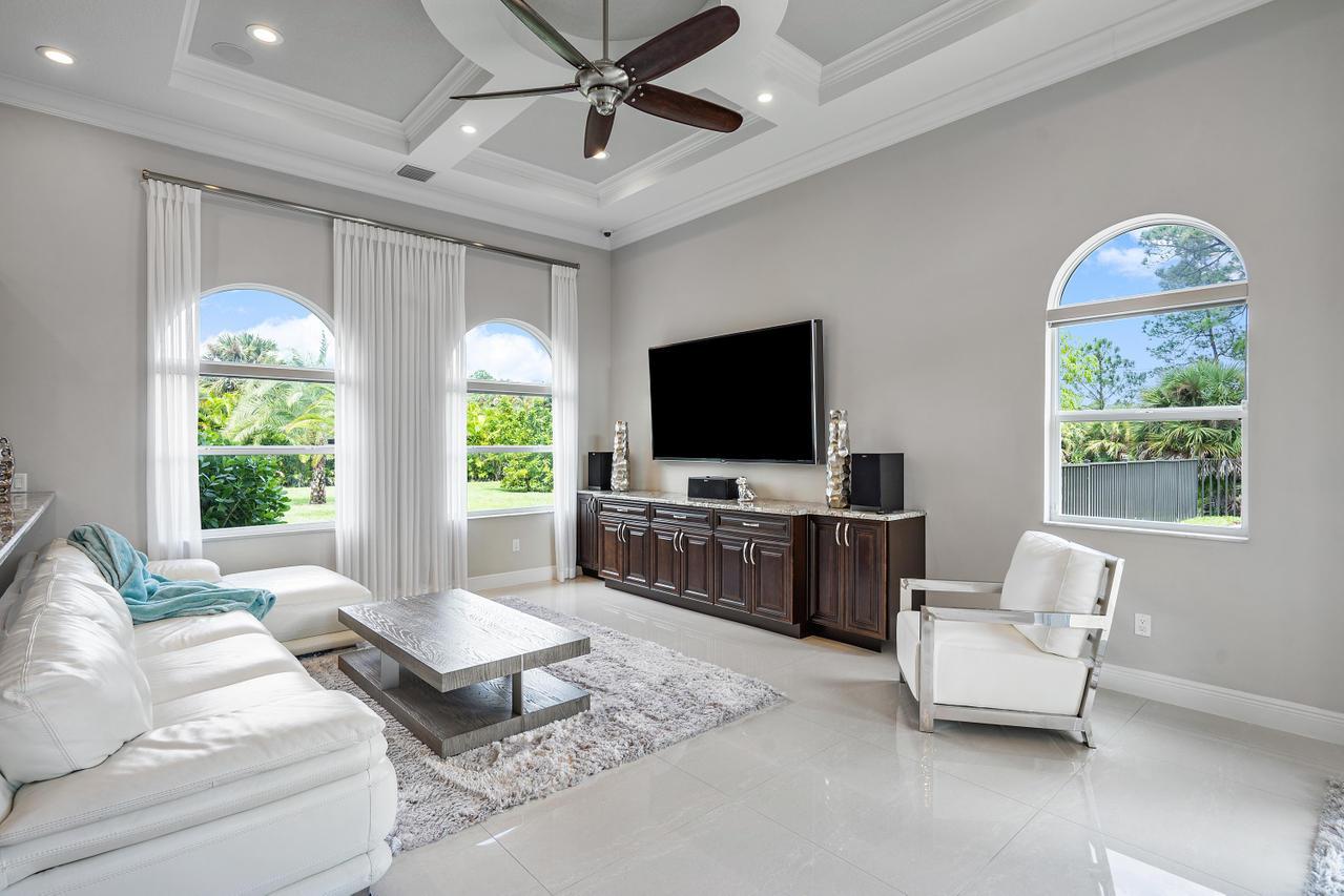 8622 Nashua Drive Palm Beach Gardens, FL 33418 photo 15
