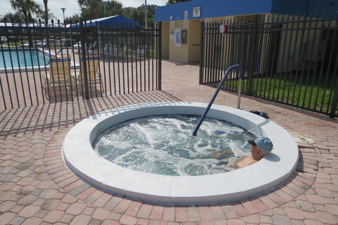 5370 Las Verdes Circle 321 Delray Beach, FL 33484 photo 21