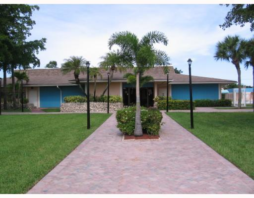 5370 Las Verdes Circle 321 Delray Beach, FL 33484 photo 24