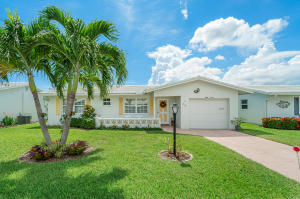 812 SW 7th Avenue  For Sale 10659645, FL