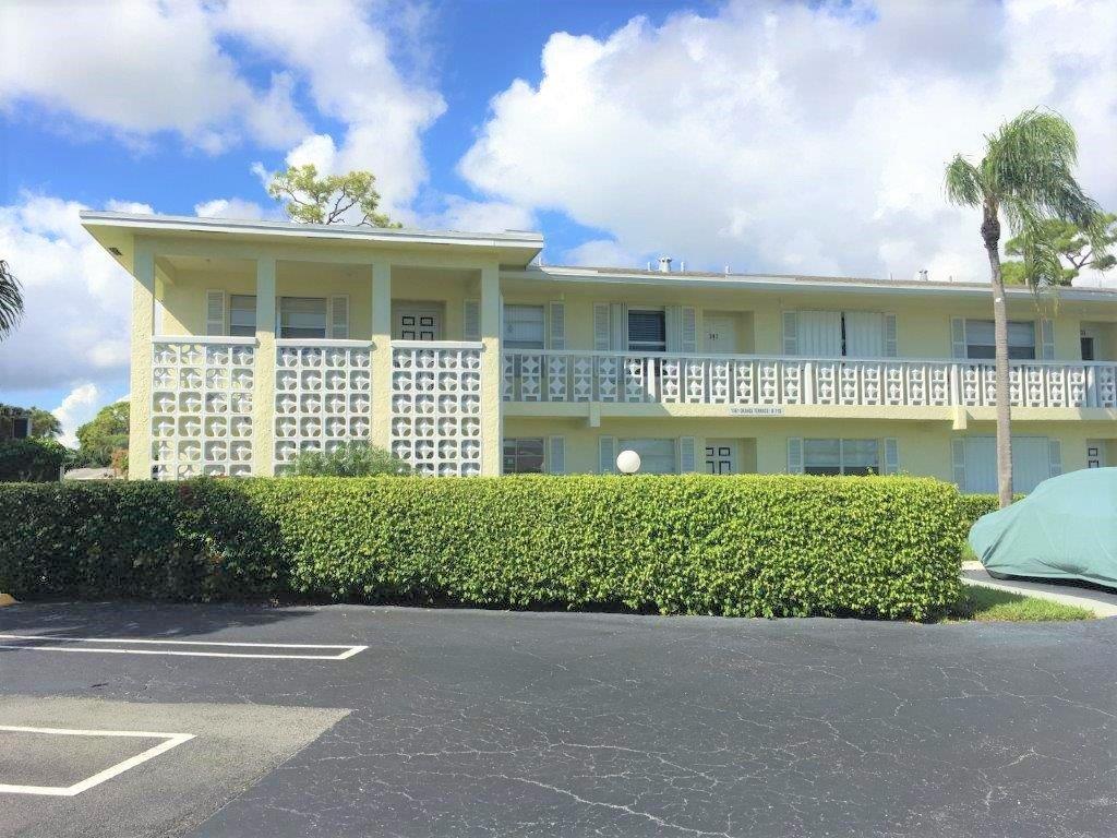 Home for sale in PINES OF DELRAY CONDO Delray Beach Florida