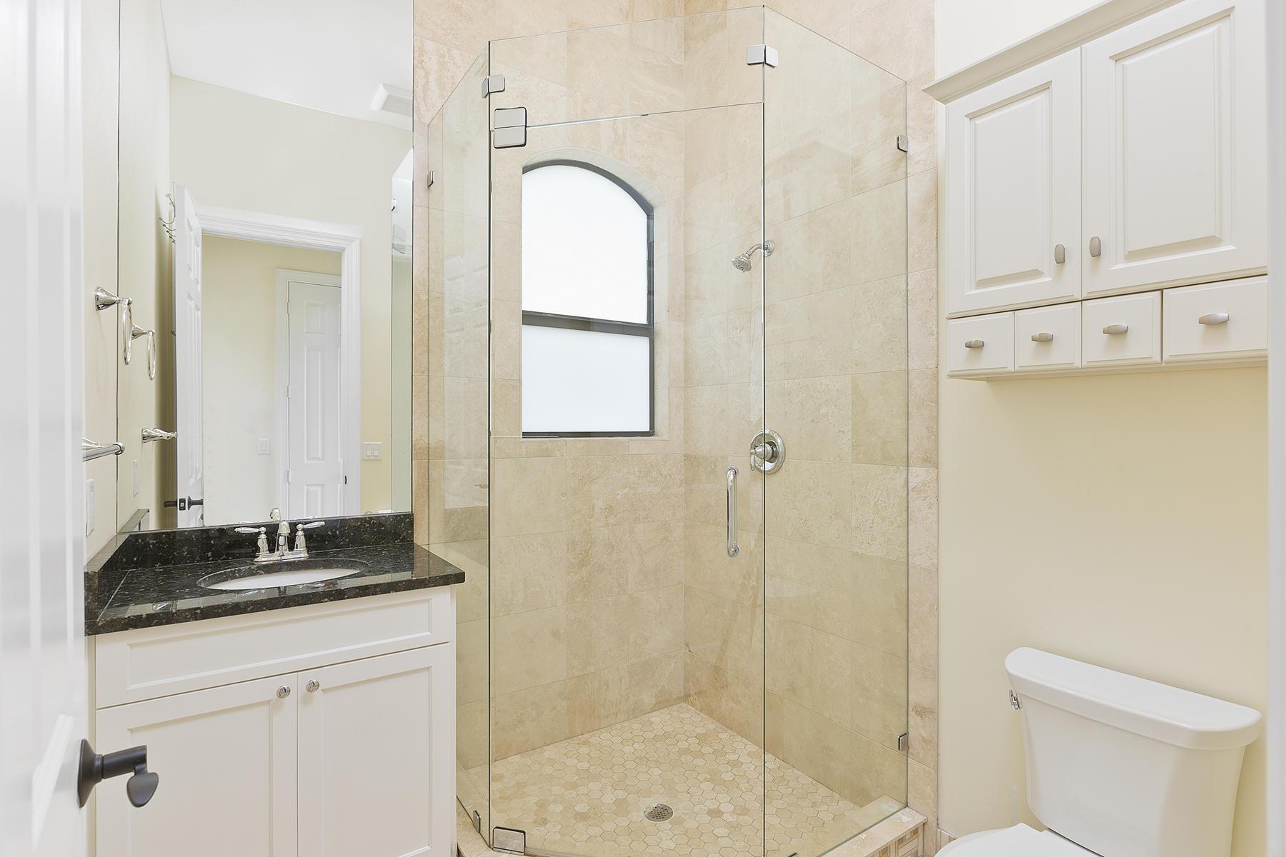 34_BarnCondo_Bathroom