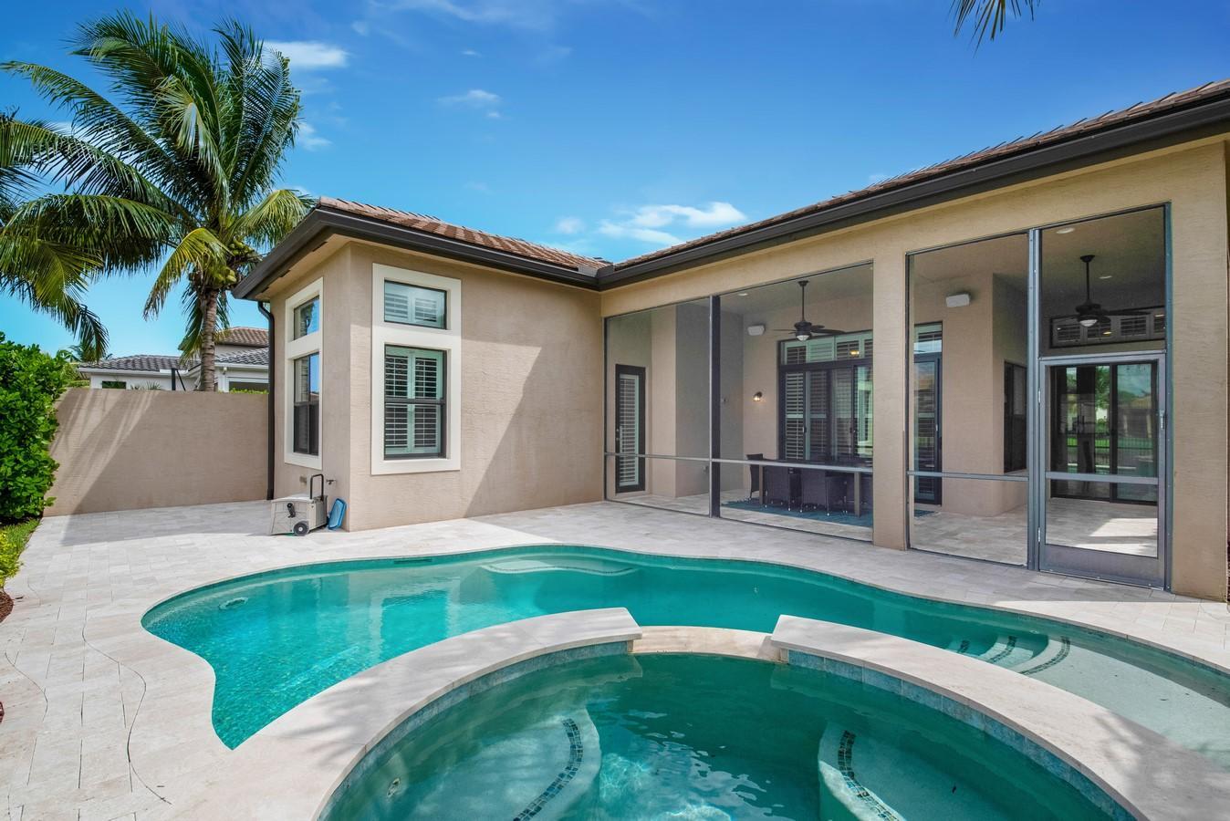 9338 Eden Roc Court  Delray Beach, FL 33446