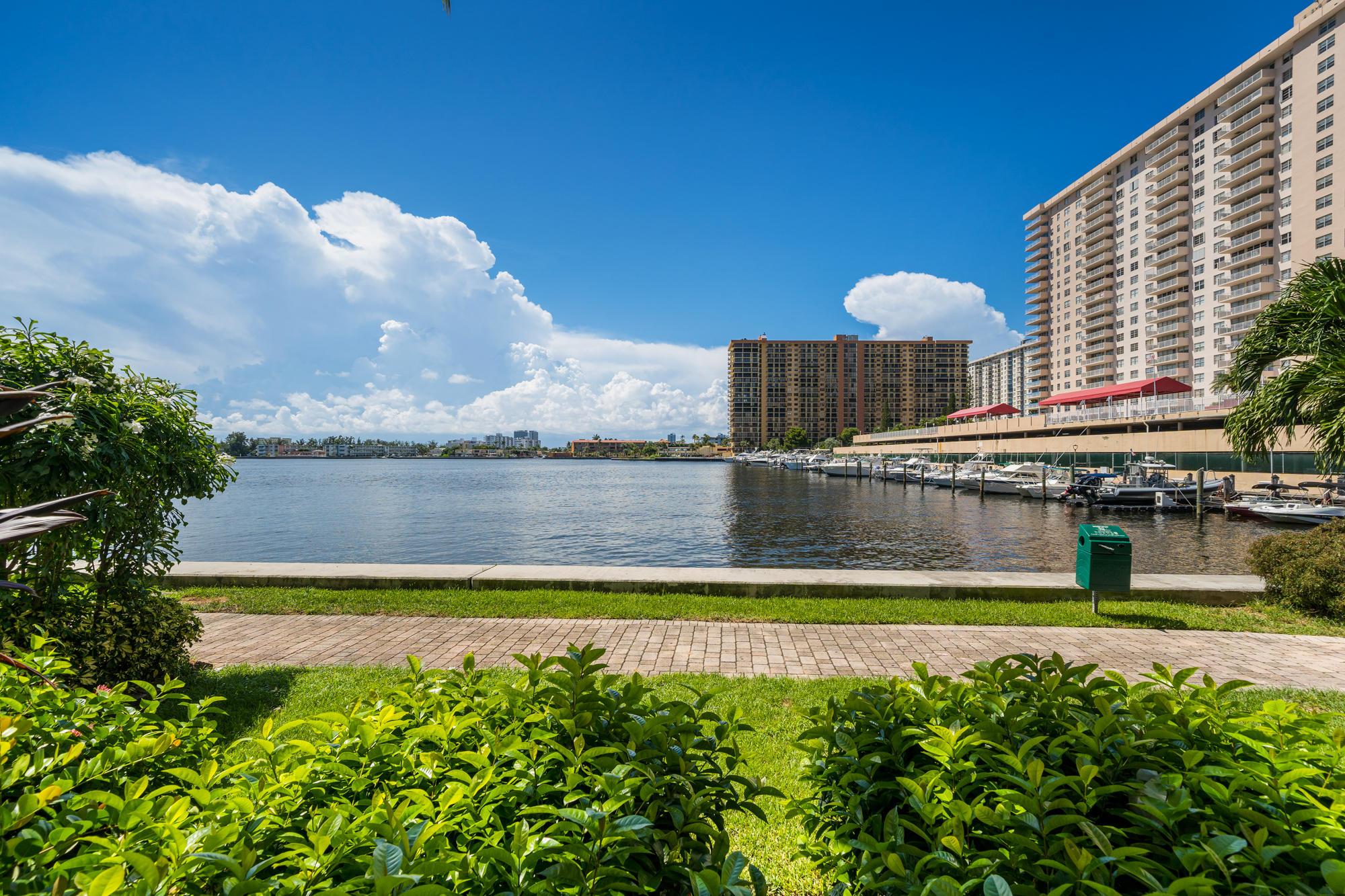 17150 N Bay Road 2109 Sunny Isles Beach, FL 33160 photo 15