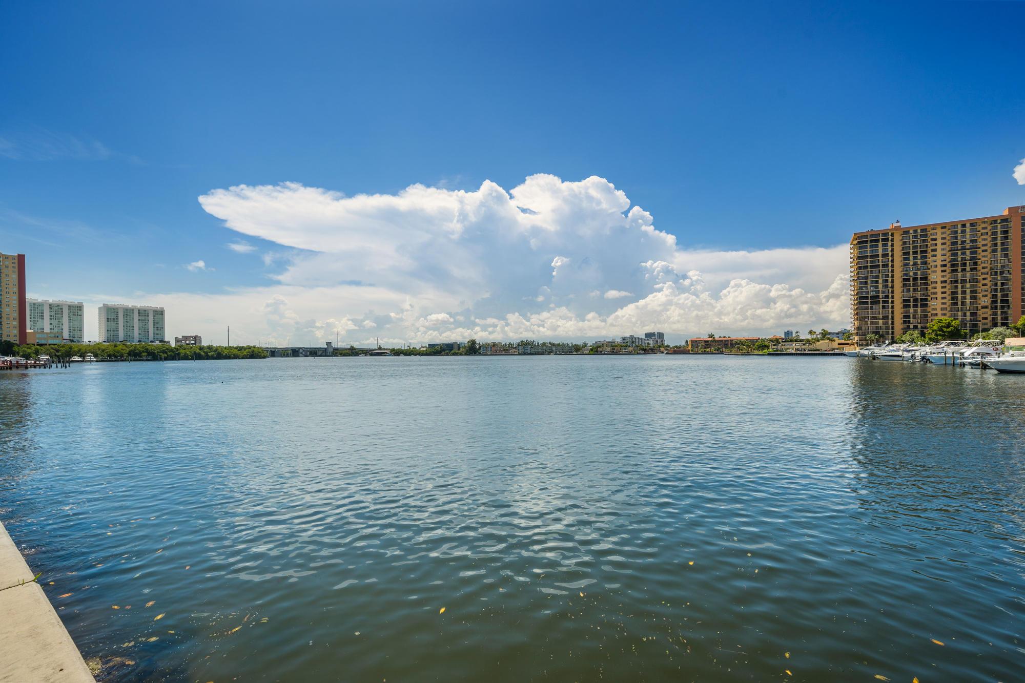 17150 N Bay Road 2109 Sunny Isles Beach, FL 33160 photo 16