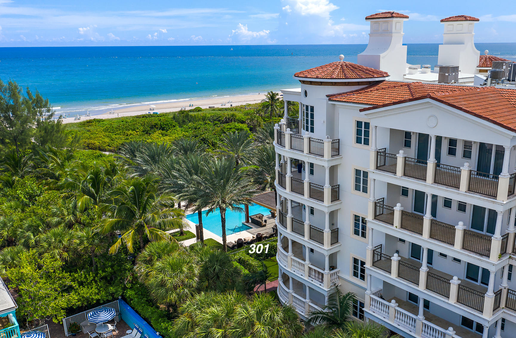 Home for sale in Dolce Vita, Dolcevita Palm Beach Shores Florida