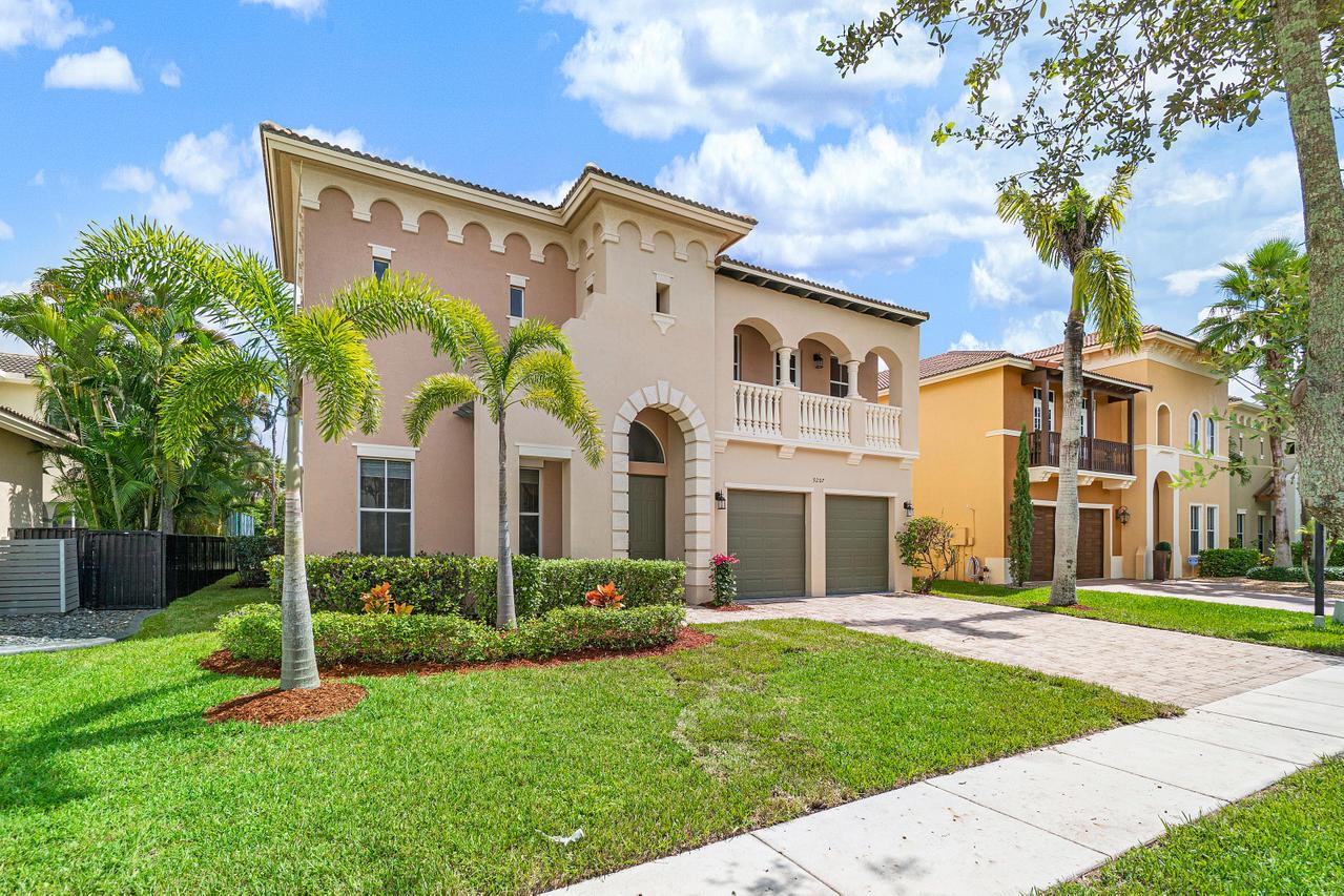 9207 Nugent Trail West Palm Beach, FL 33411 photo 3