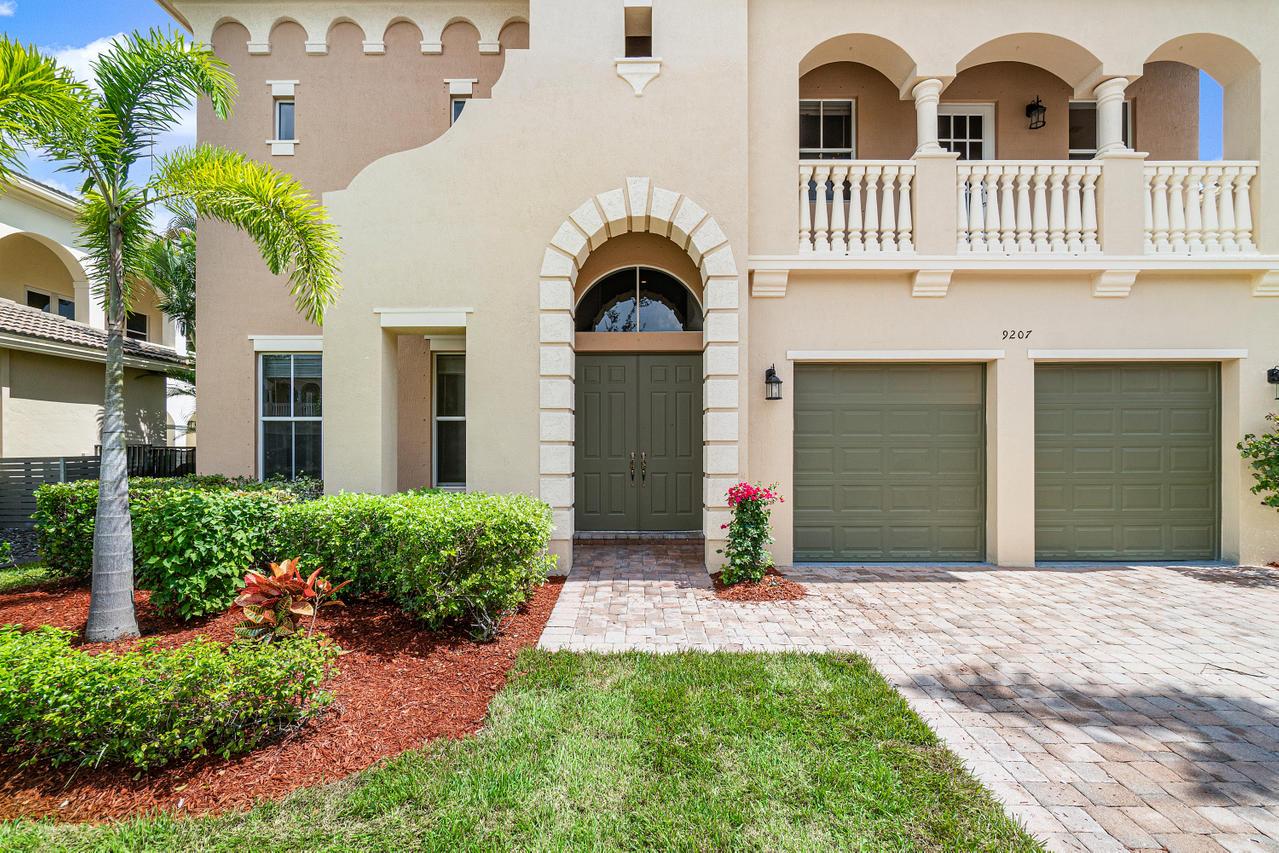 9207 Nugent Trail West Palm Beach, FL 33411 photo 4