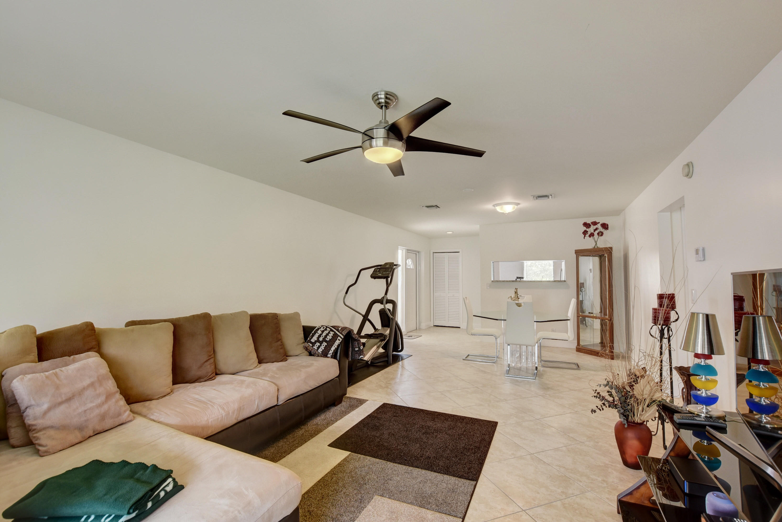 1801 Consulate Place 201 West Palm Beach, FL 33401 photo 13