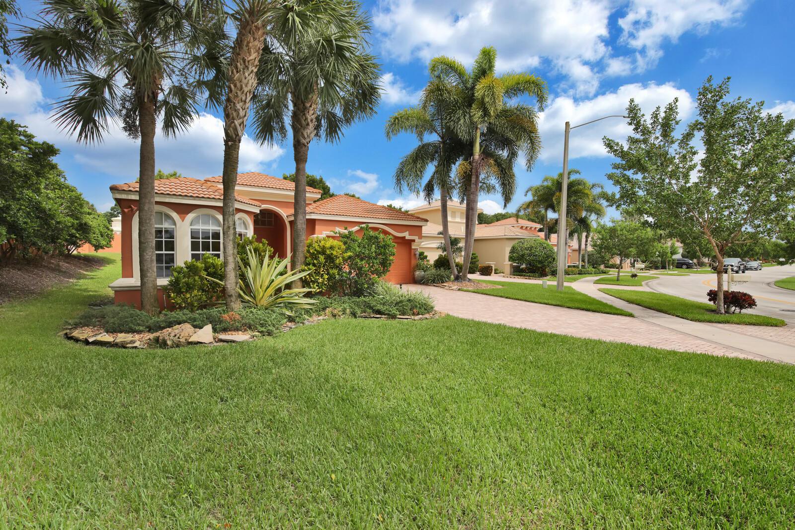 Home for sale in Buean Vida Wellington Florida