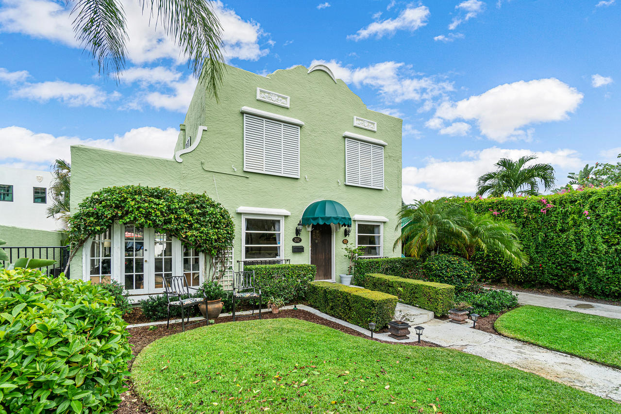 Home for sale in SOUTHLAND PARK West Palm Beach Florida