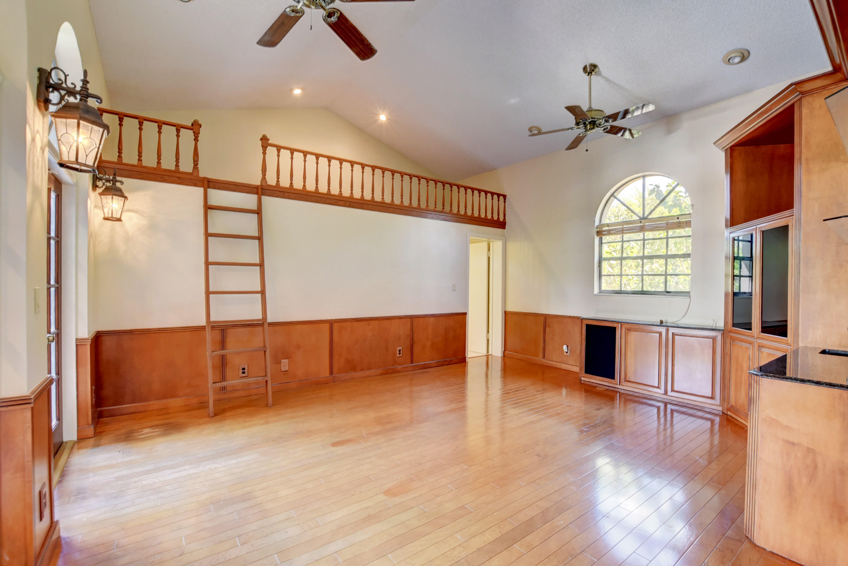 Game Room with Loft
