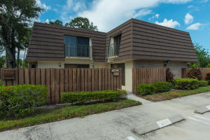 7919  79th Way  For Sale 10661044, FL