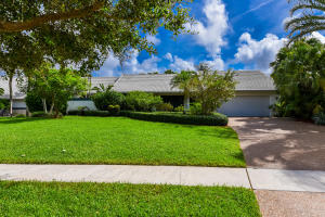 7680  Estrella Circle  For Sale 10661448, FL