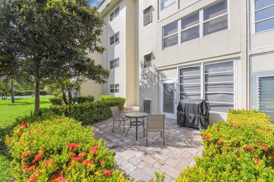 130 NE 26th Avenue 106 Boynton Beach, FL 33435 photo 17
