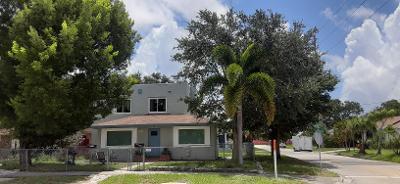 1720 Mercer Avenue West Palm Beach, FL 33401 photo 3