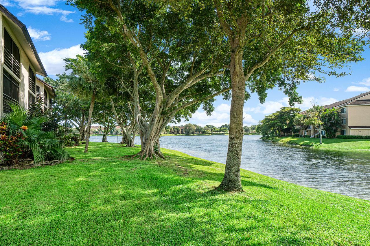 5380 Cedar Lake Drive 205 Boynton Beach, FL 33437 photo 29