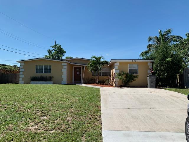 955 Tripp Drive West Palm Beach, FL 33413