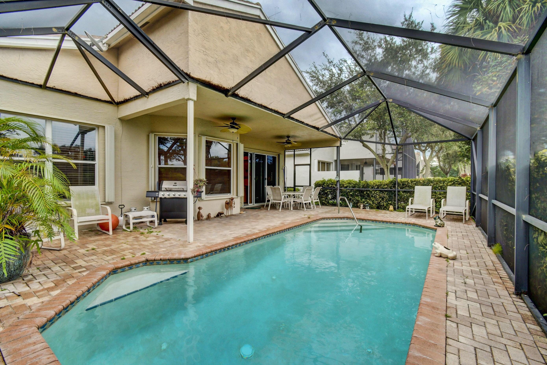 Home for sale in VALENCIA ISLES 3 Boynton Beach Florida