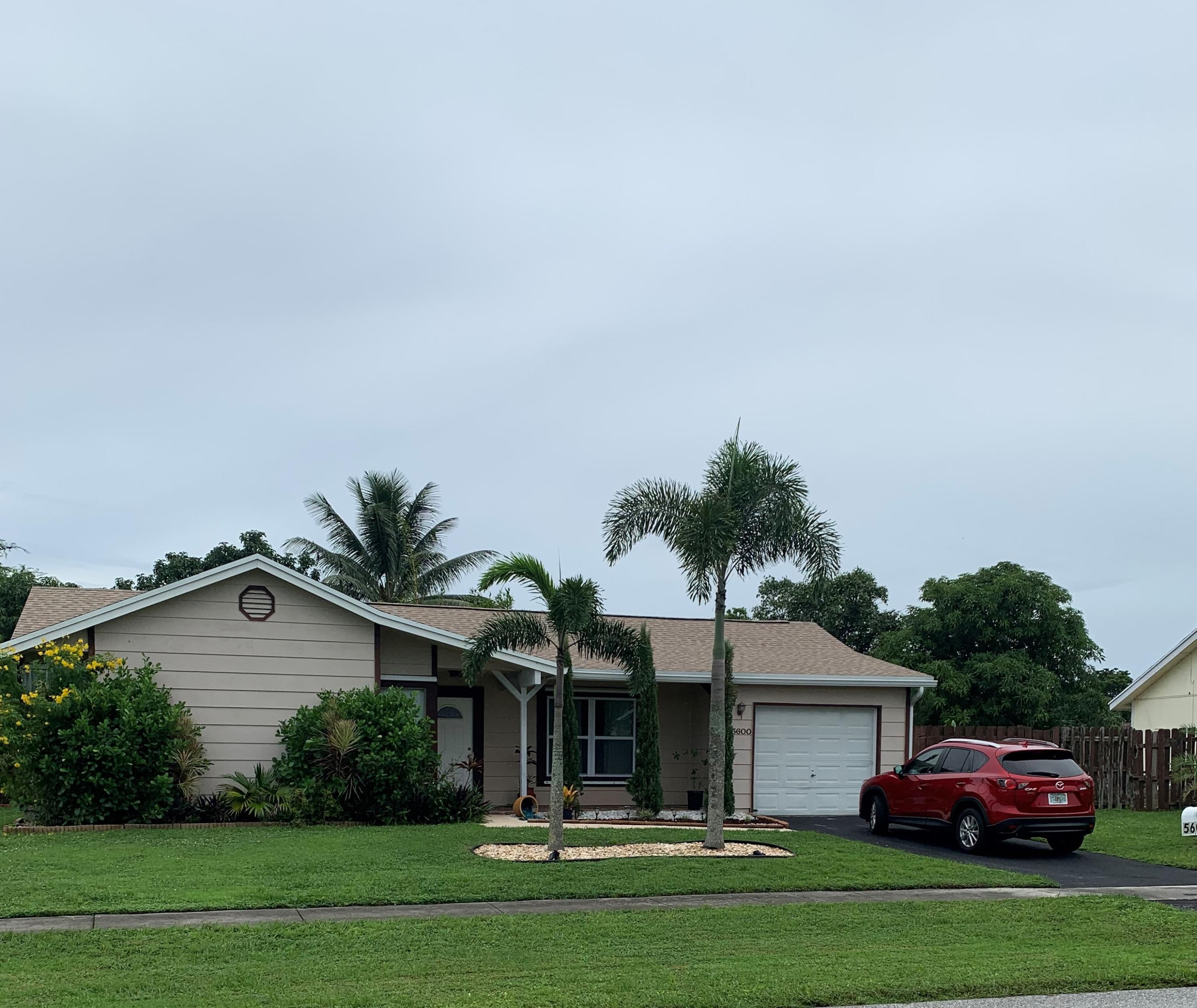 Home for sale in Lees Crossings Lake Worth Florida