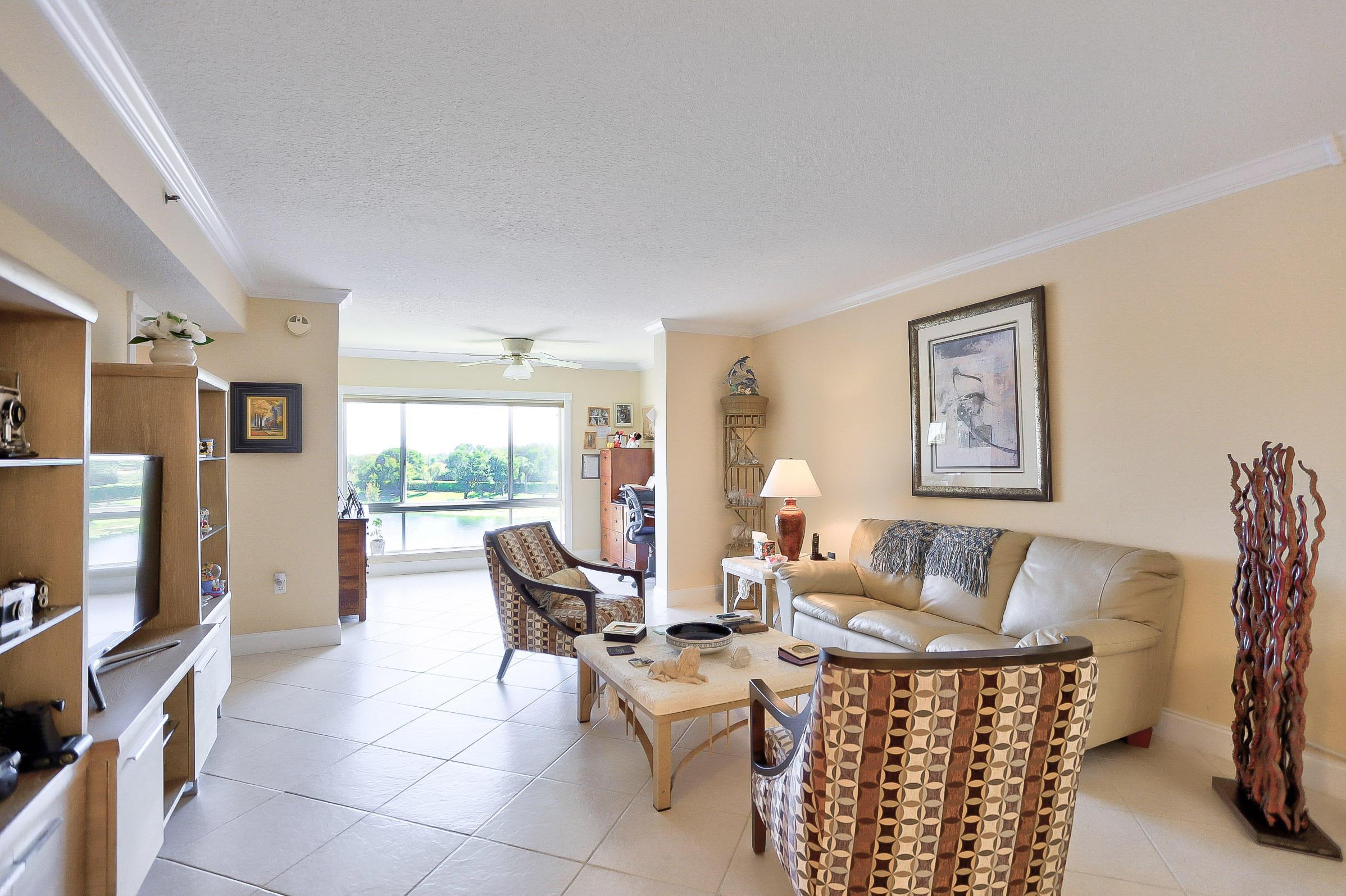 5842 Crystal Shores Drive 405 Boynton Beach, FL 33437 photo 6