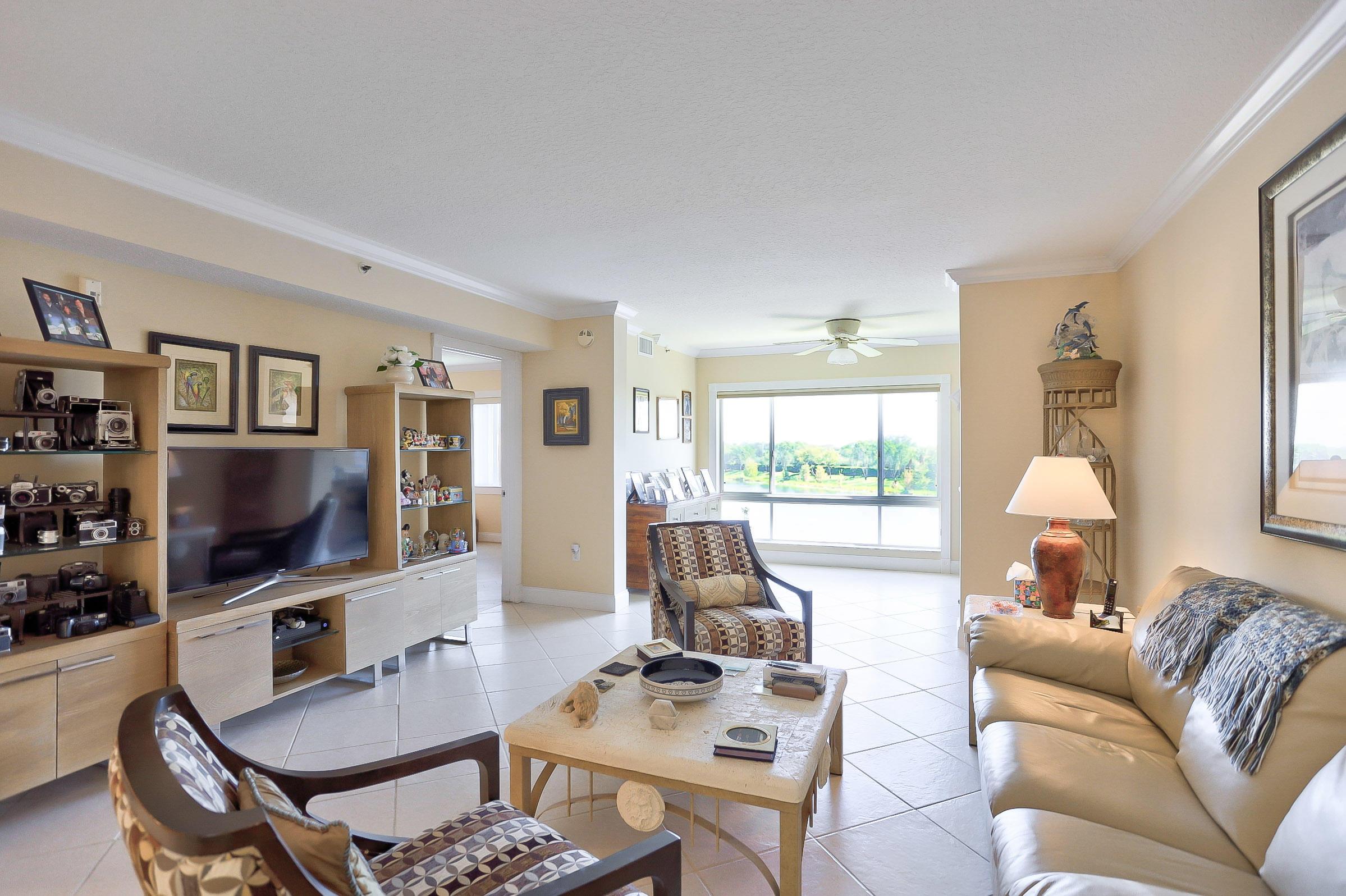5842 Crystal Shores Drive 405 Boynton Beach, FL 33437 photo 7