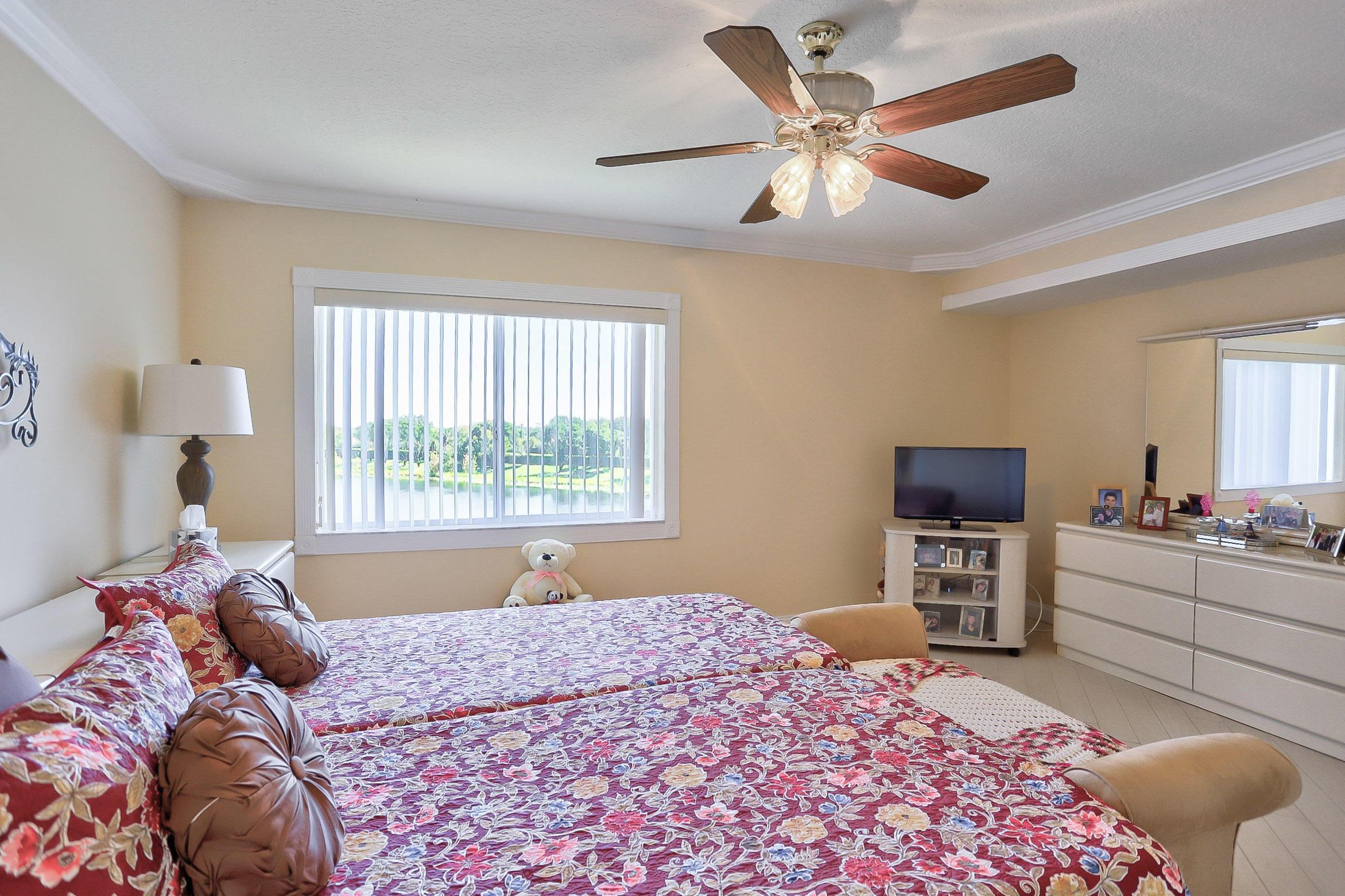 5842 Crystal Shores Drive 405 Boynton Beach, FL 33437 photo 15