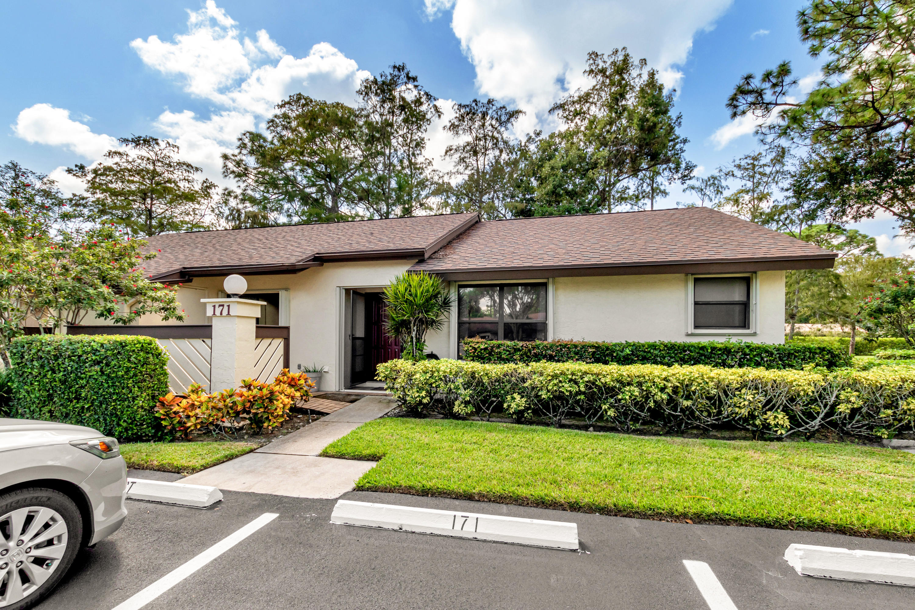 Home for sale in STRATHMORE GATE I UNIT TWO Royal Palm Beach Florida
