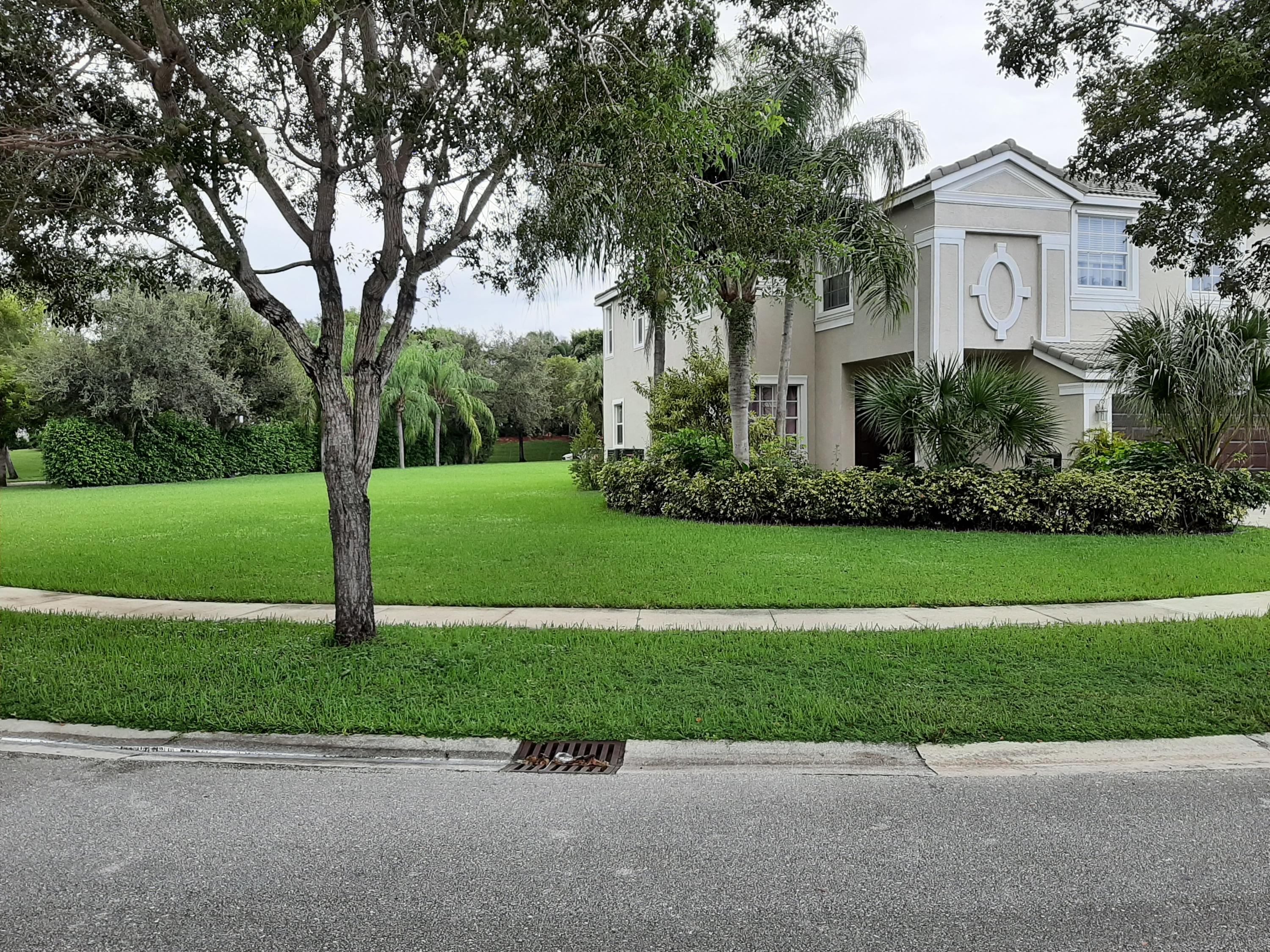 9949 Woodworth Court Wellington, FL 33414