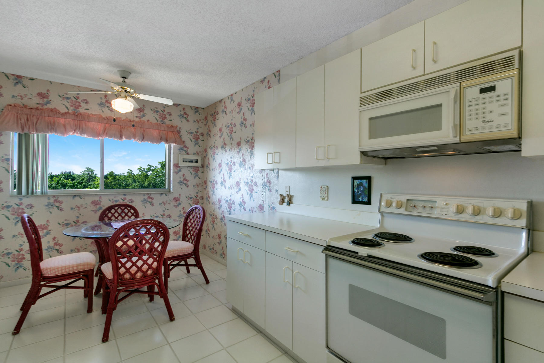 4735 Lucerne Lakes Boulevard 407 Lake Worth, FL 33467 small photo 7