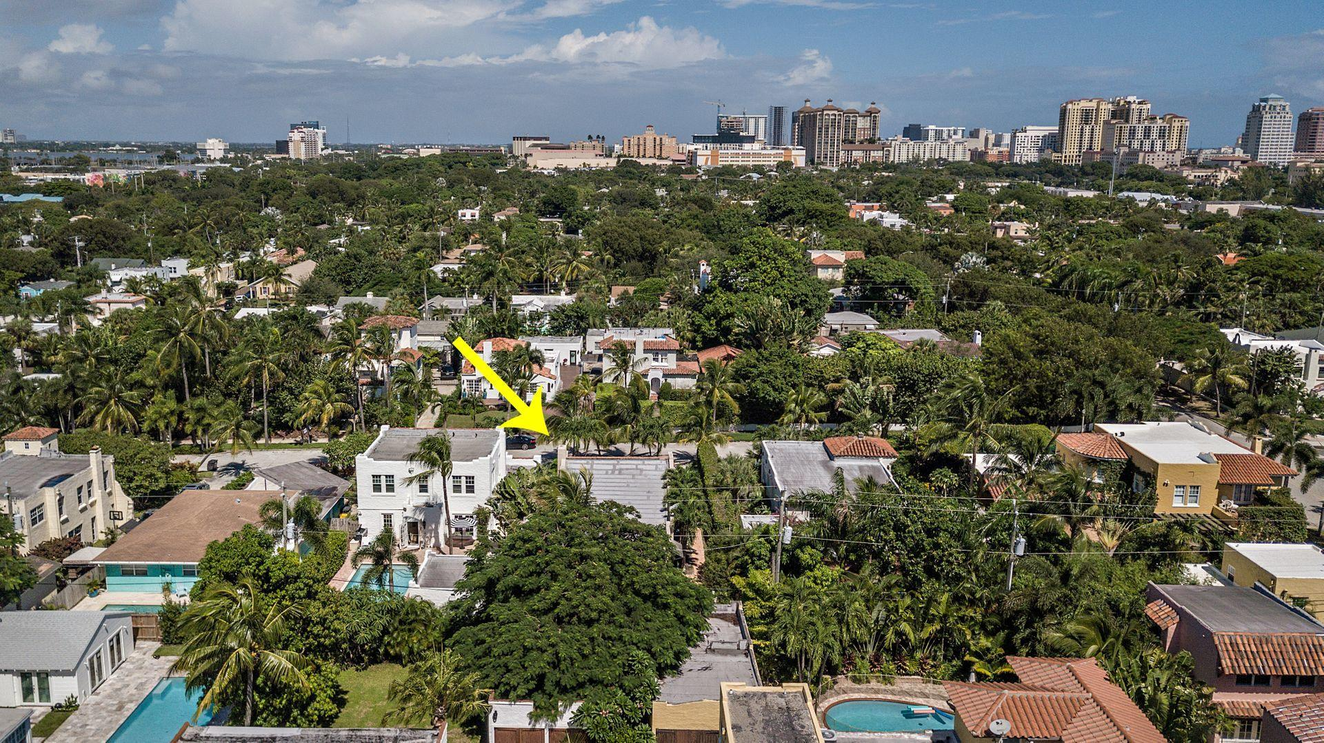 714 Biscayne Drive West Palm Beach, FL 33401 small photo 25