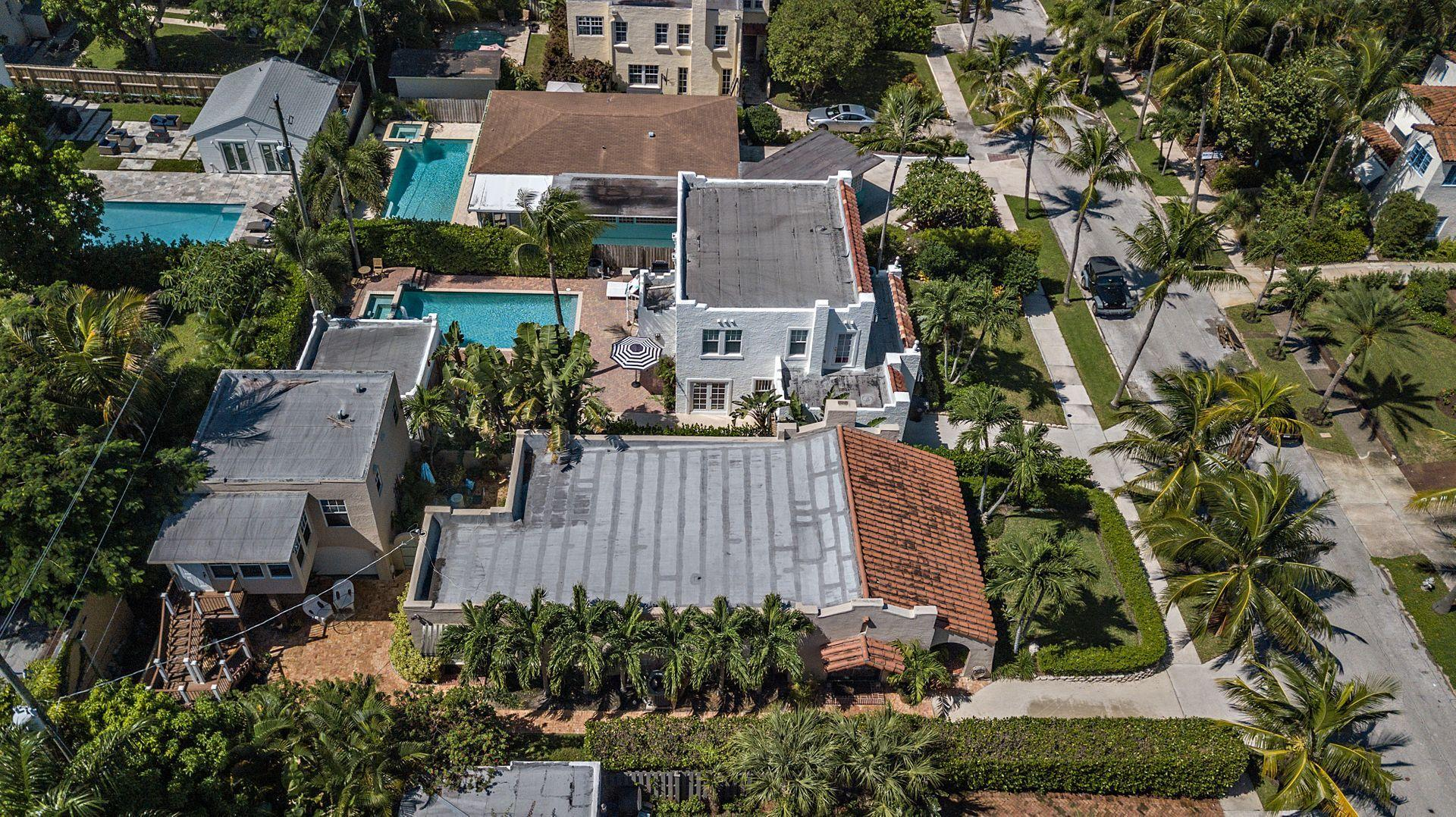 714 Biscayne Drive West Palm Beach, FL 33401 small photo 26