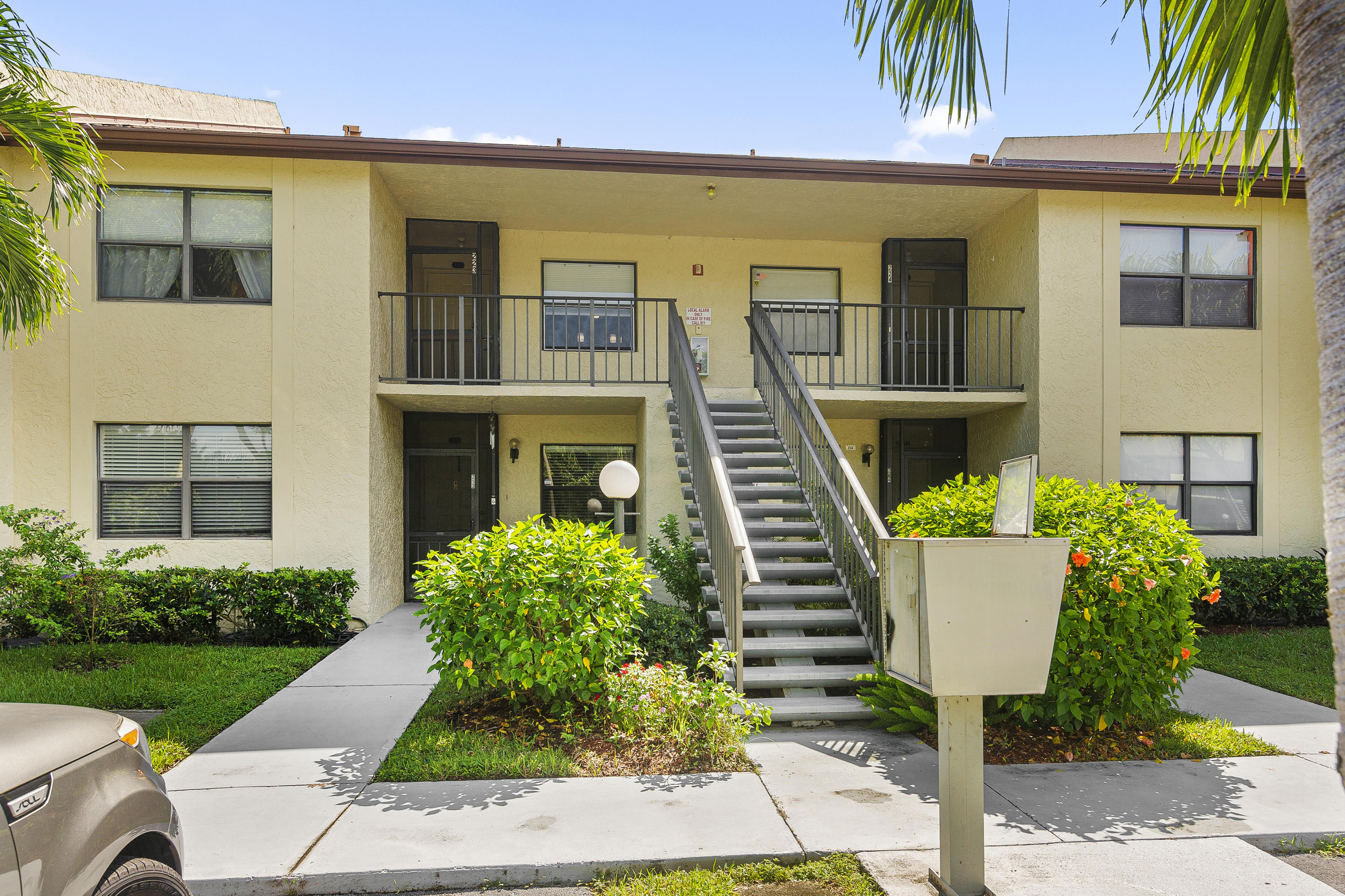 Home for sale in GARDENS OF WILLOW BEND CONDOS Lake Worth Florida