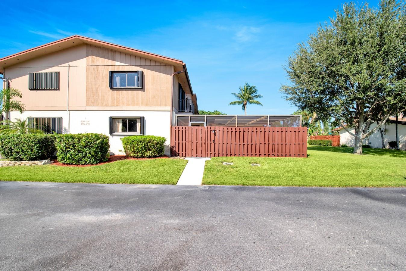 4293 S Landar Drive Lake Worth, FL 33463 photo 34